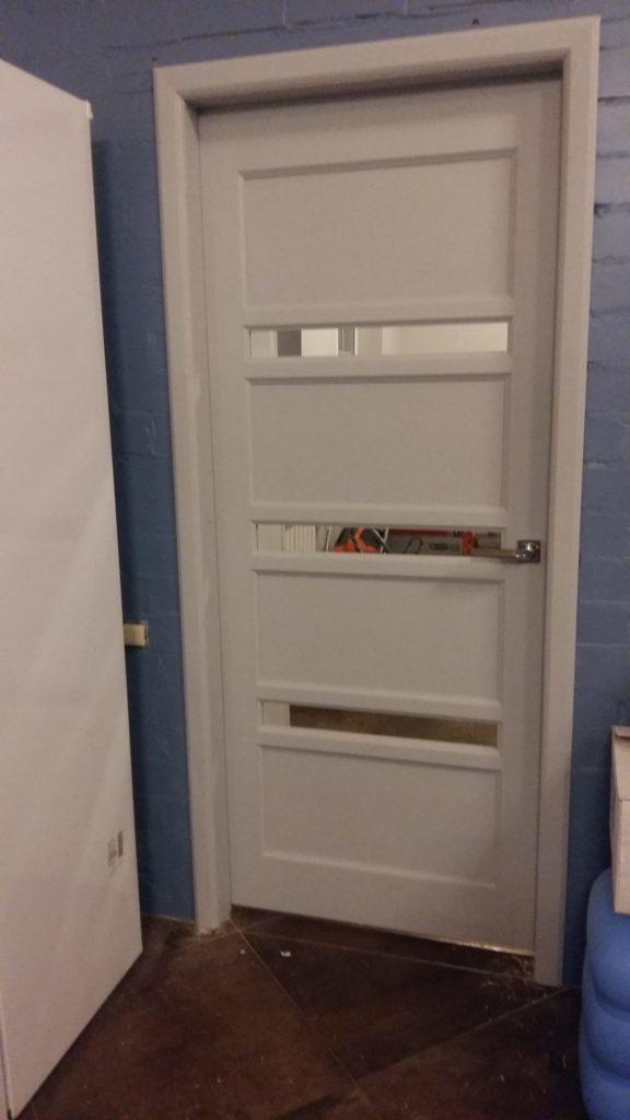Дверь межкомнатная деревянная полуостекленная Воронеж купить