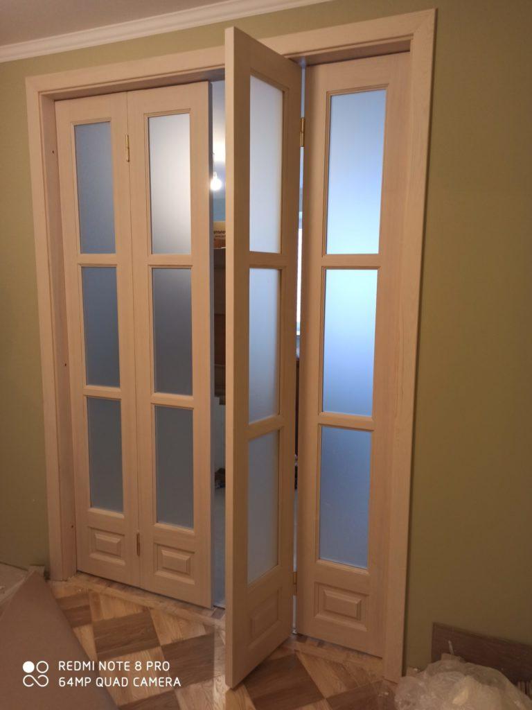 Деревянная четырех-створчатая дверь на заказ Воронеж