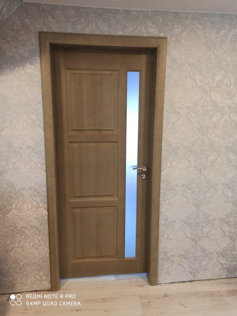Деревянная полуостекленная дверь Воронеж